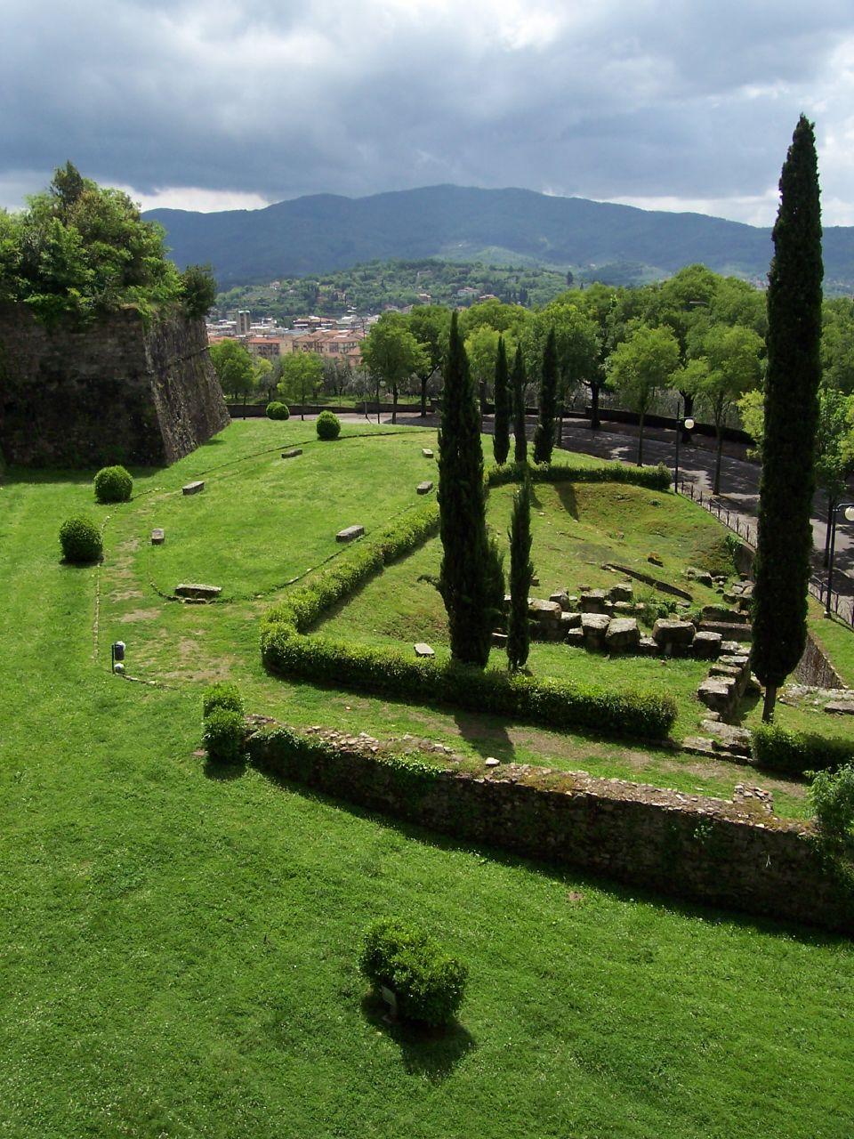Fortezza Medicea (Arezzo) - Wikipedia
