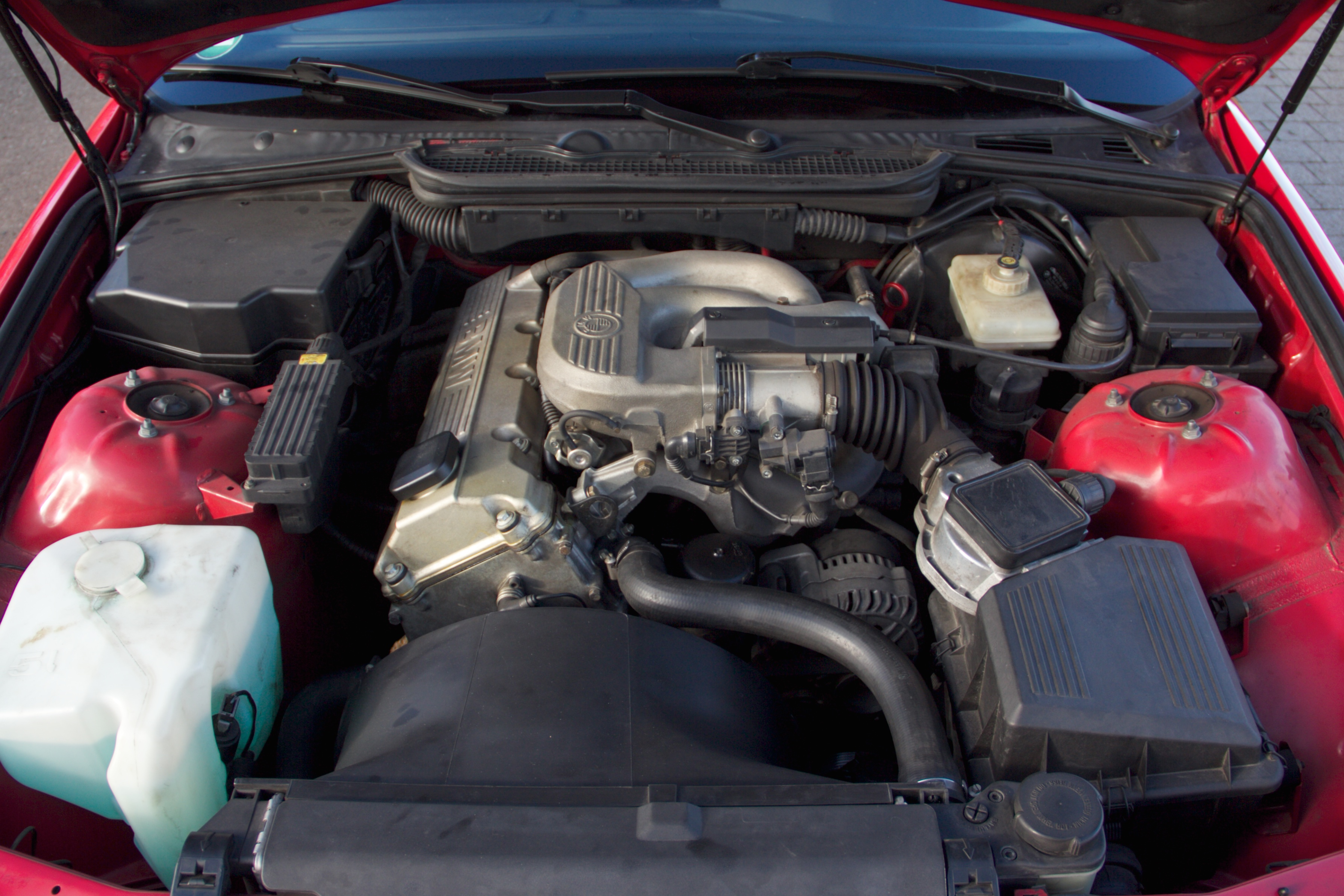 File Bmw M43 Engine 316i Compact 1996 Jpg Wikimedia Commons
