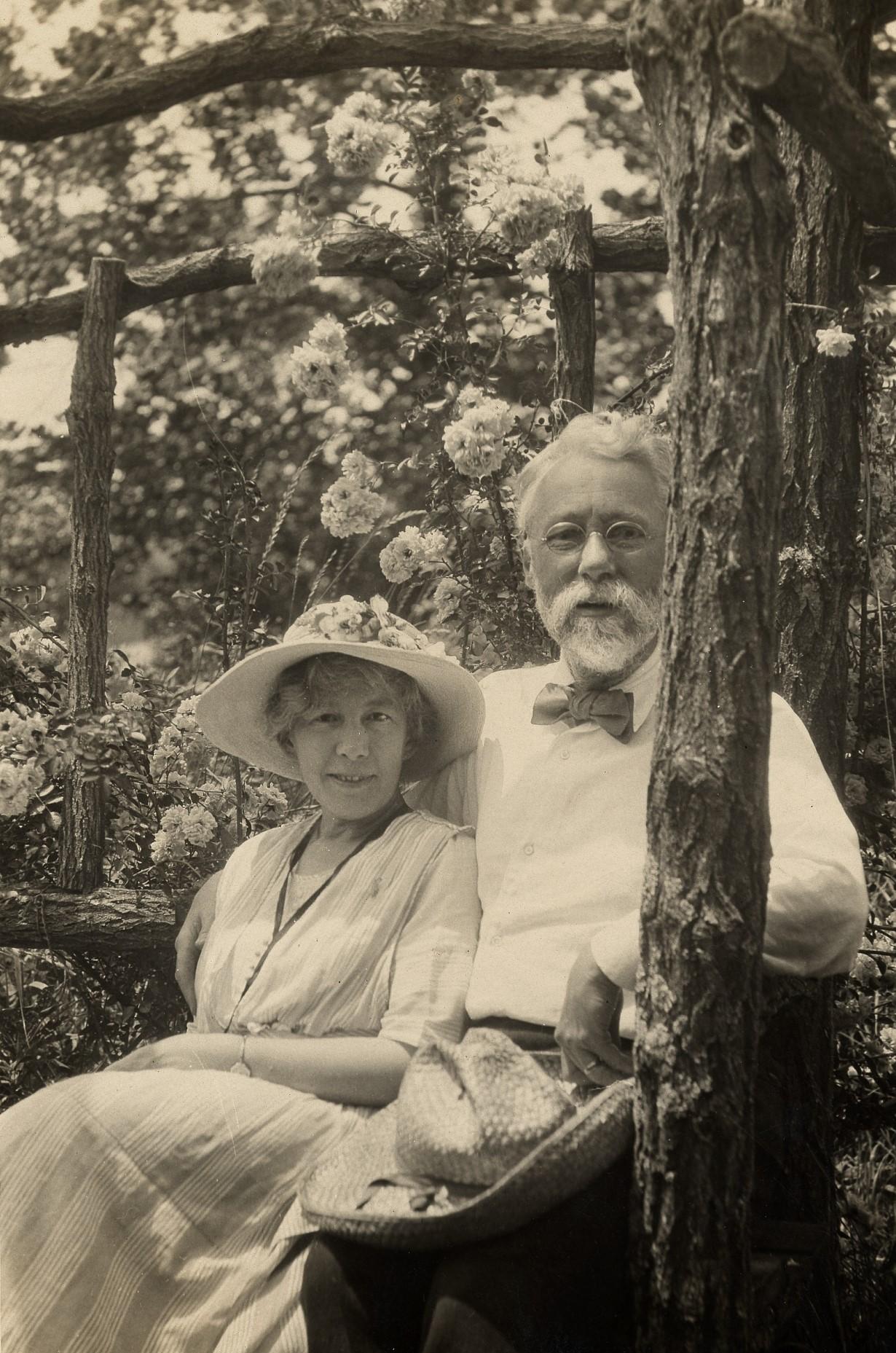 Bessie Potter and Robert Vonnoh, circa 1930.