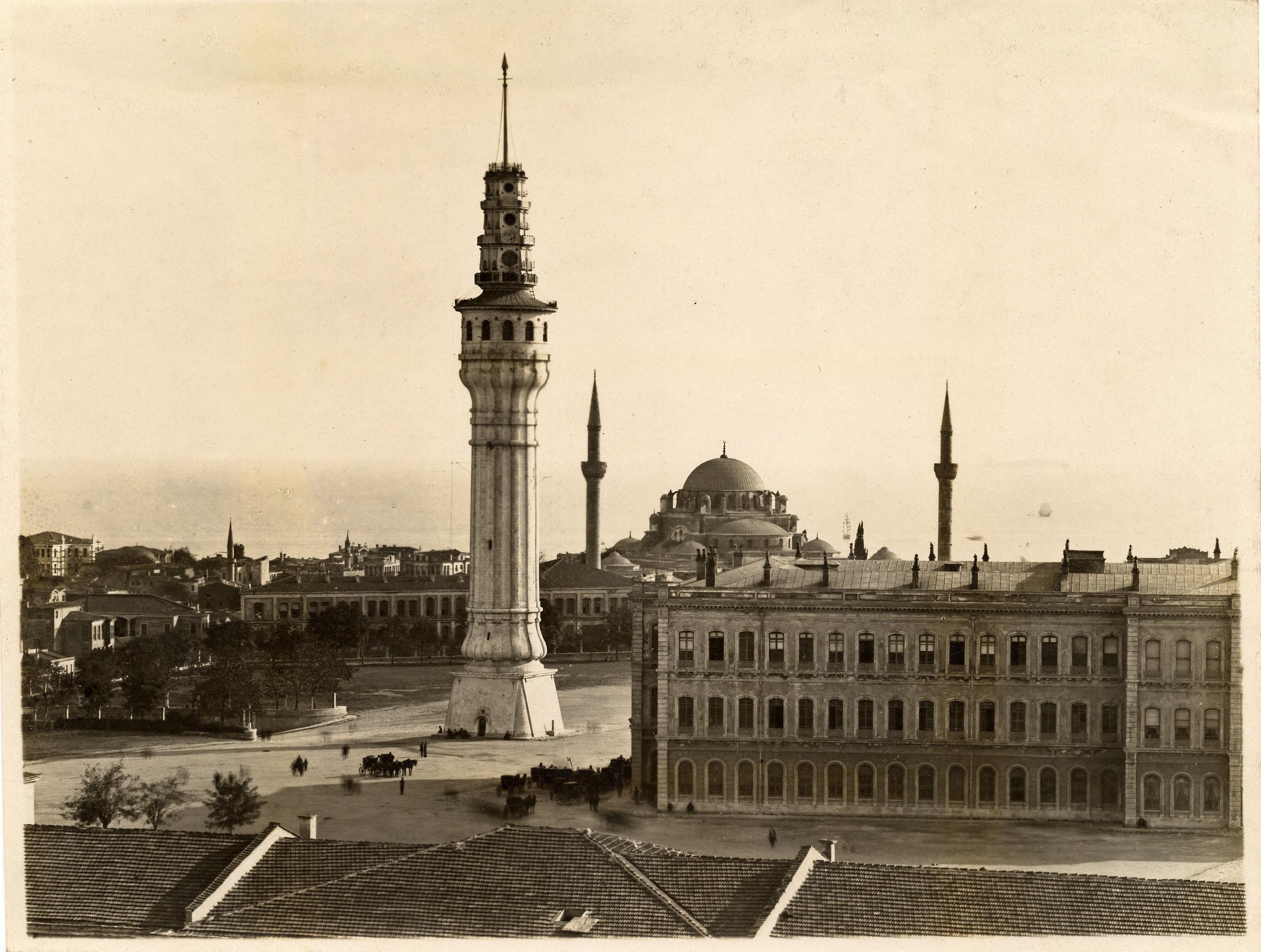 File:Beyazıt Tower, İstanbul (12967655285).jpg - Wikimedia Commons