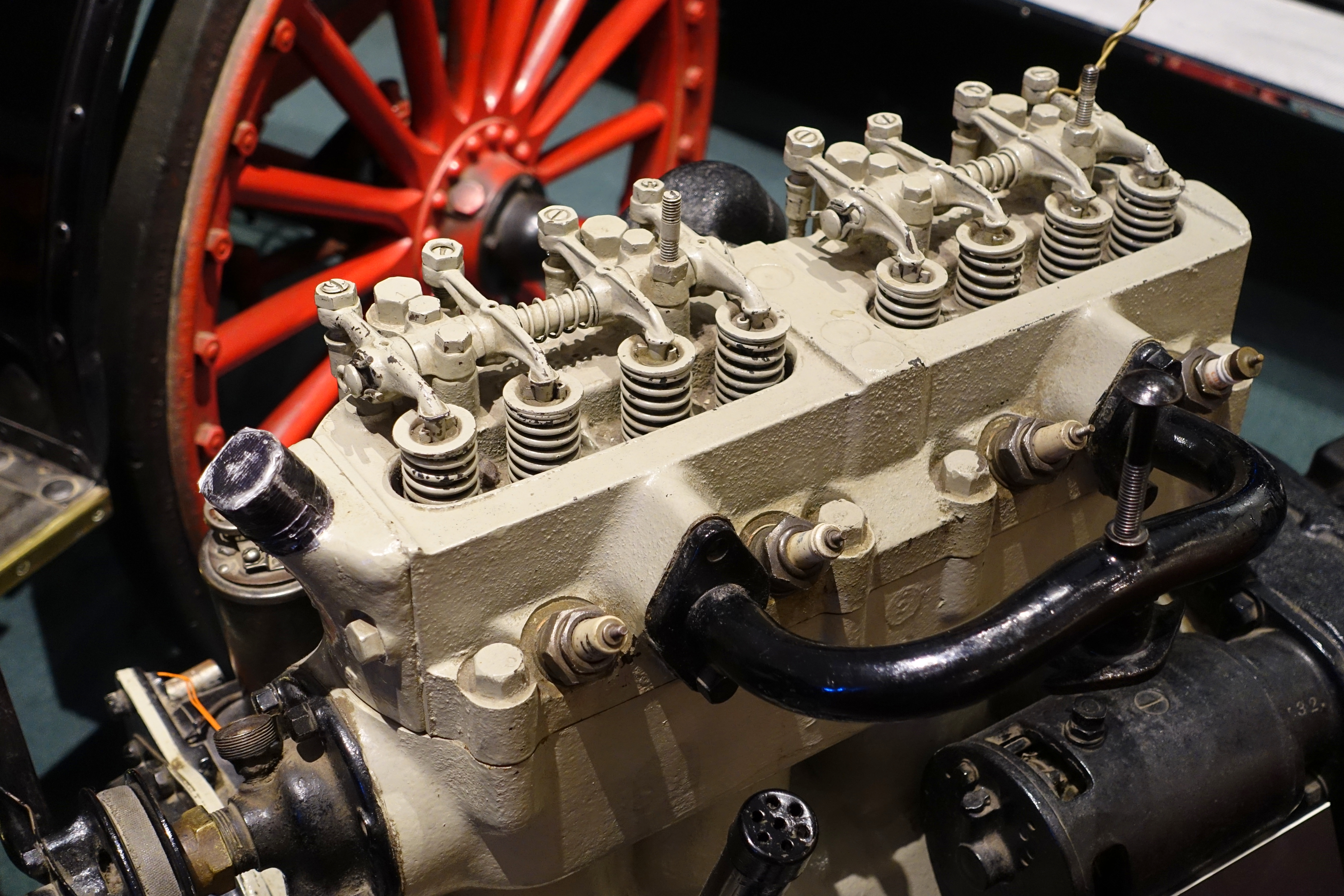 File Chevrolet Engine 1915 Made By Chevrolet Motor Co