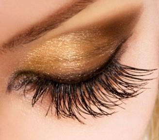 File:Eyelash extension example.jpg