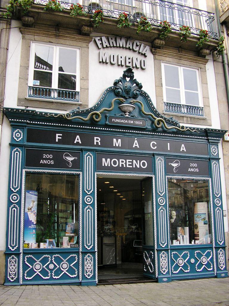 Création d'une boutique - Page 13 Farmacia_Moreno_%28Porto%29