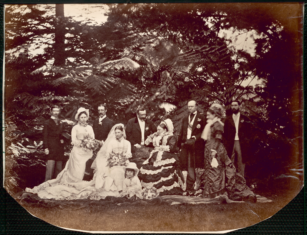 File:Finlay wedding bridal party (7 August 1878).jpg