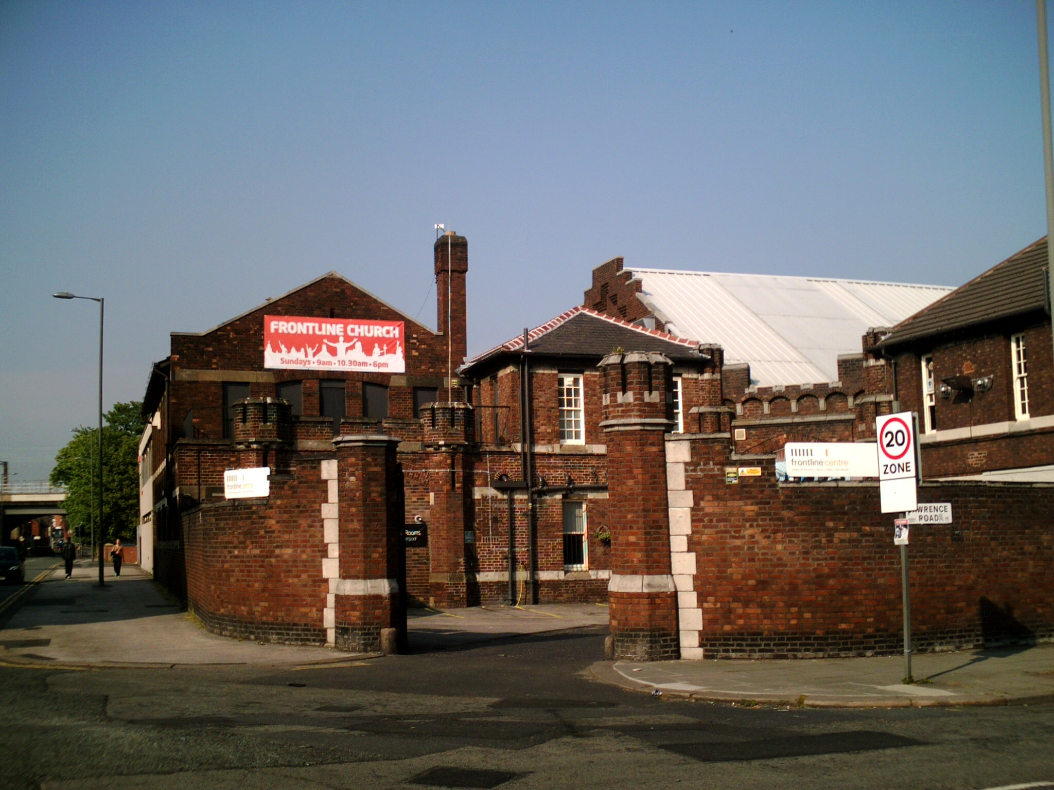 File:Frontline Church, Gainsborough Road.jpg - Wikimedia Commons