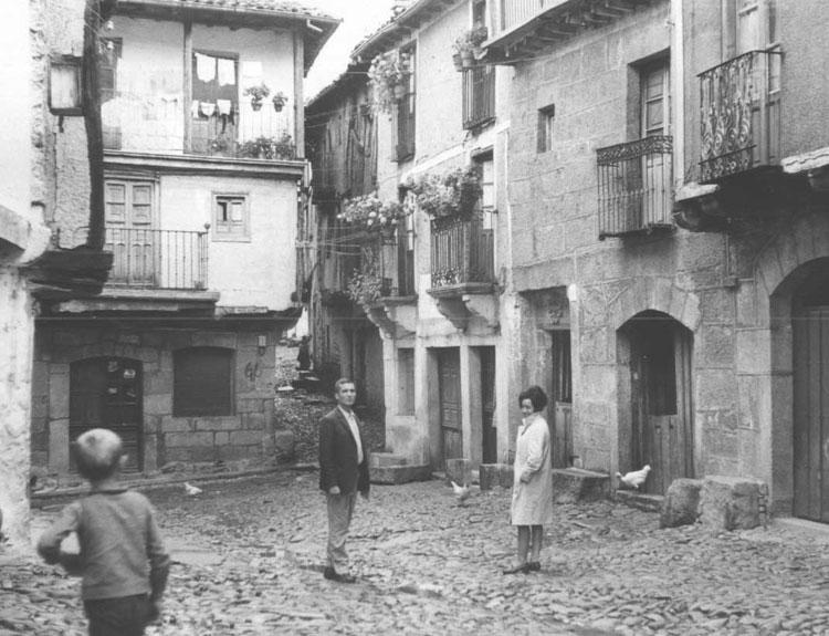 File fundaci n joaqu n d az arquitectura popular la for Imagenes de la alberca salamanca