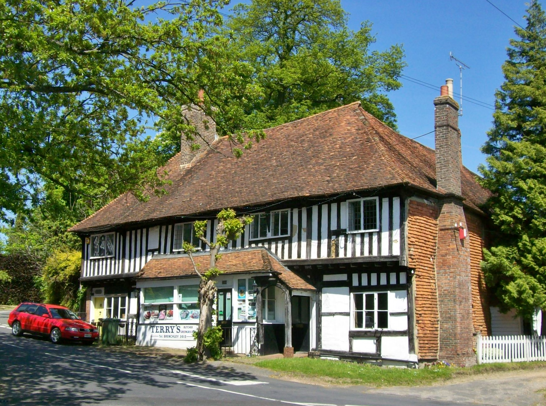 file half timbered house brenchley jpg wikipedia. Black Bedroom Furniture Sets. Home Design Ideas