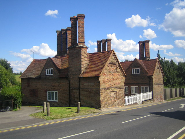 Harefield, The Countess of Derby's Almshouses - geograph.org.uk - 519456