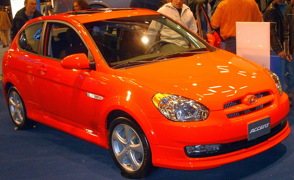 Hyundai Accent Top Picture