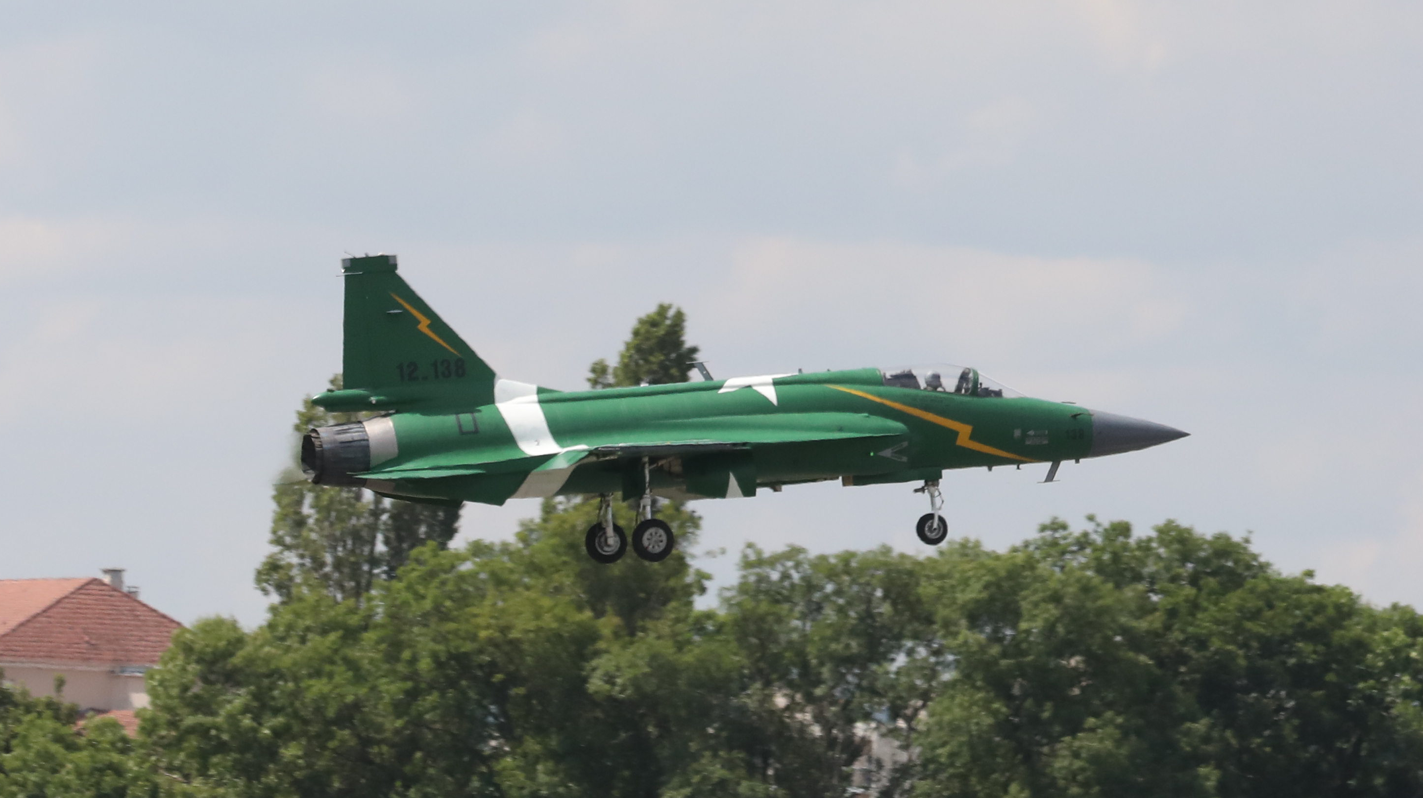 File:JF-17 Thunder 18.jpg - Wikimedia Commons