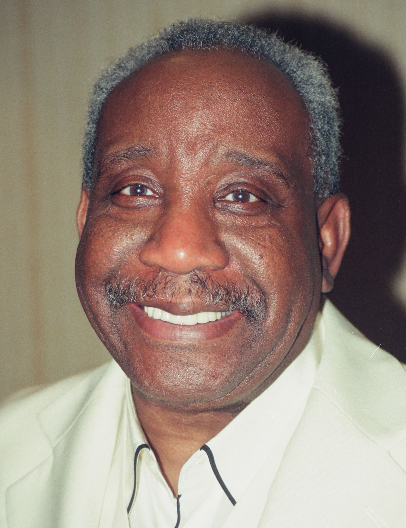 The 79-year old son of father (?) and mother(?) Jerry Butler in 2019 photo. Jerry Butler earned a  million dollar salary - leaving the net worth at 2 million in 2019