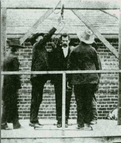 ophanging zelfmoord voor en na
