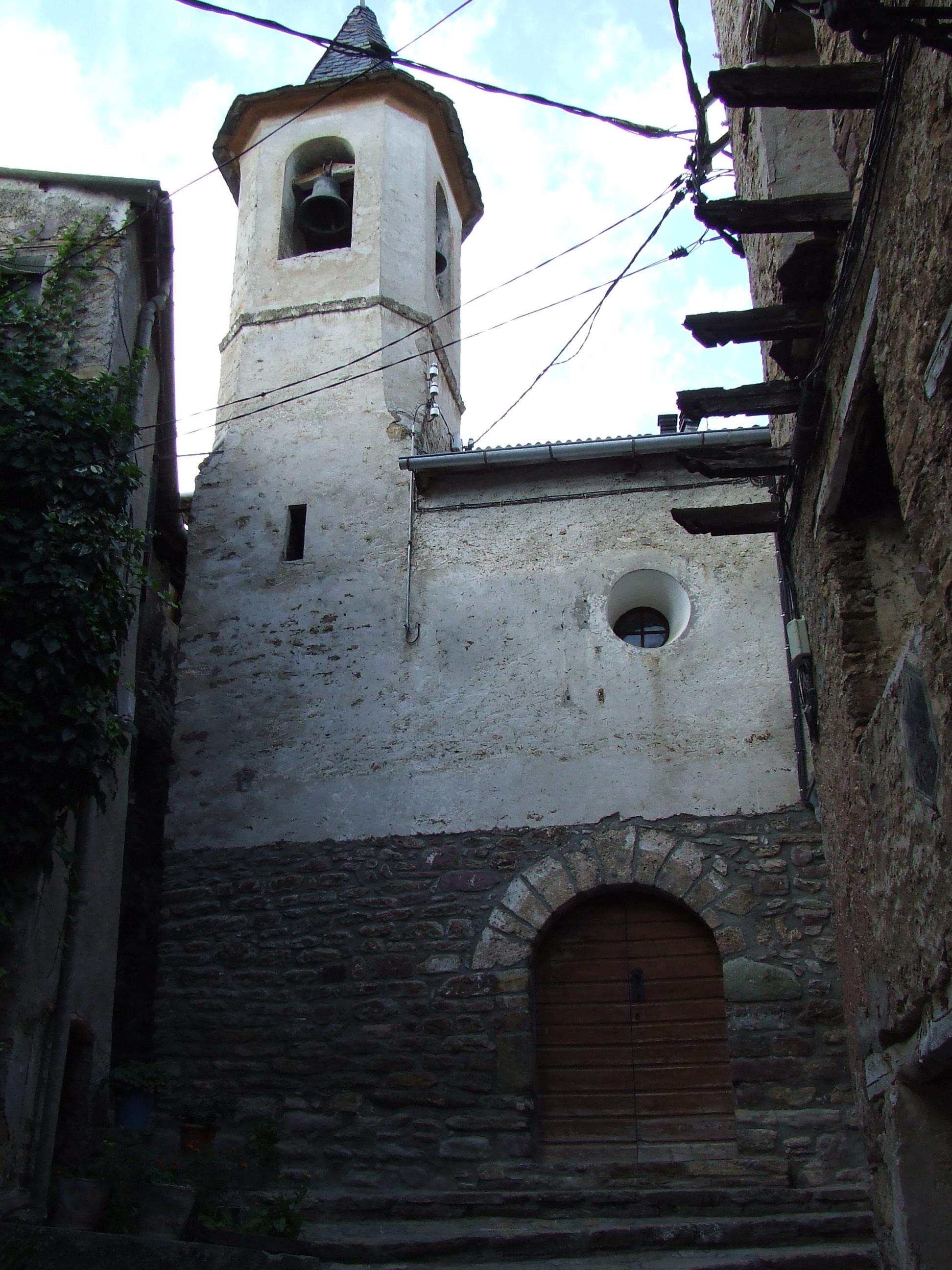 Iglesia de Santa María de Oveix