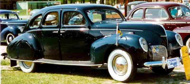 1941 Lincoln Zephyr Shows Beauty of Aerodynamic Styling | eBay ...