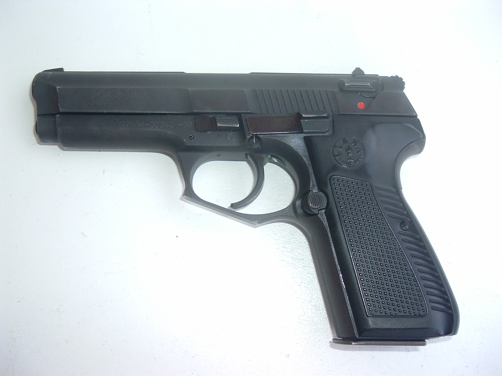 Anyone know what kind of handgun this is? - Semi-Auto Handguns