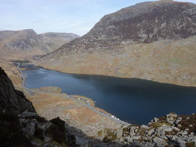 Llyn Ogwen from Low on North Ridge, Tryfan - geograph.org.uk - 1835451