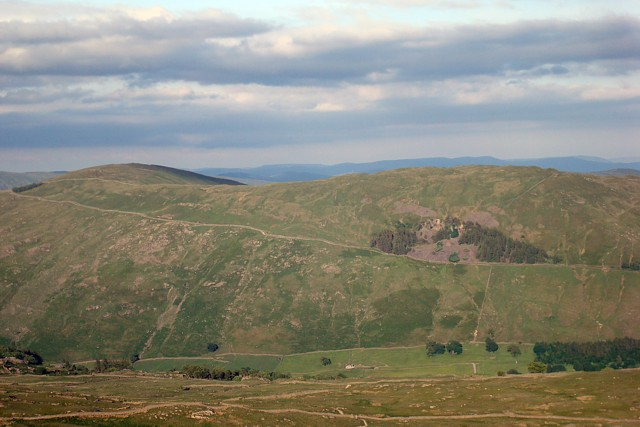 Looking east from Wansfell Pike - geograph.org.uk - 844330