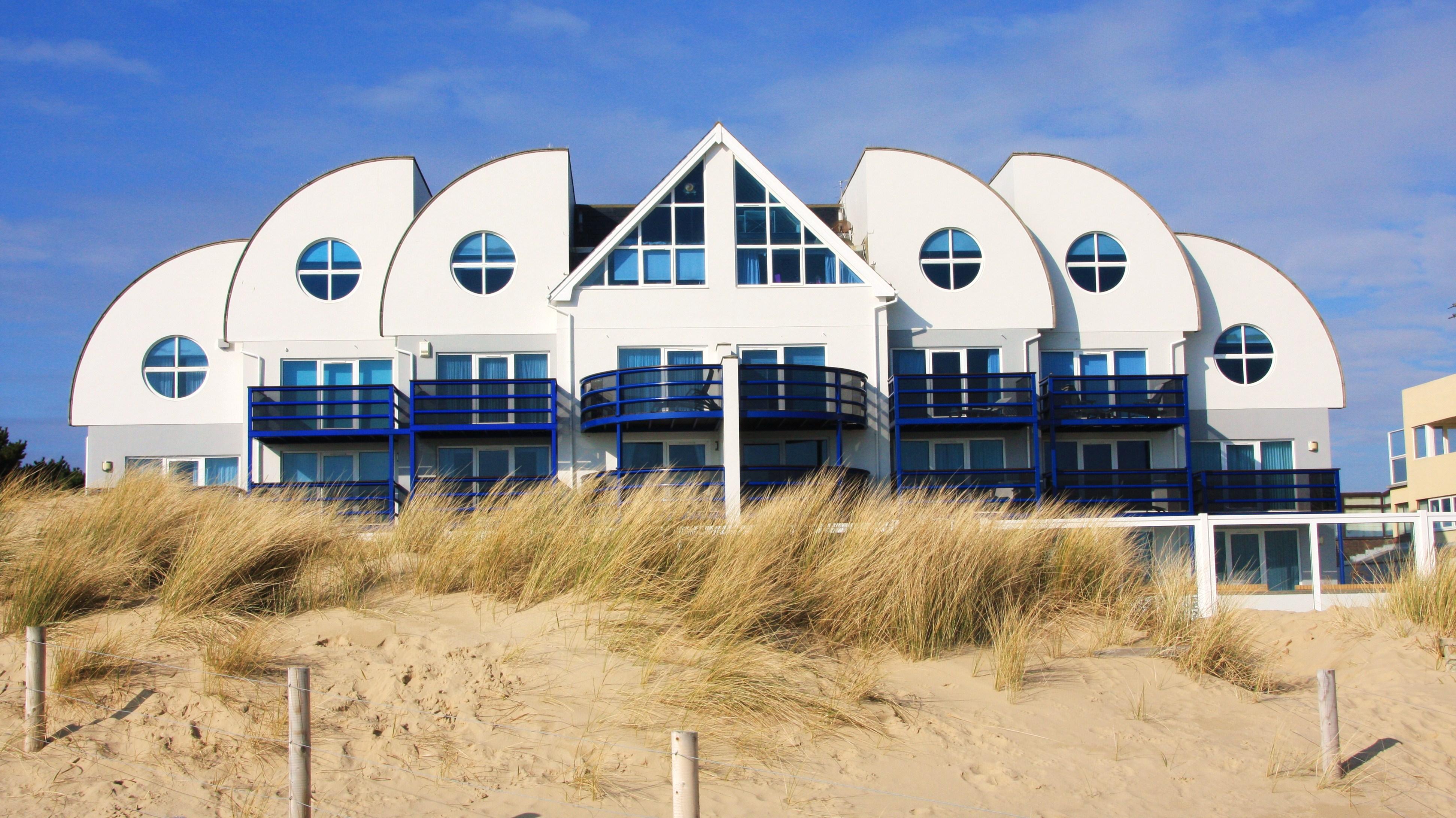 Beach House For K