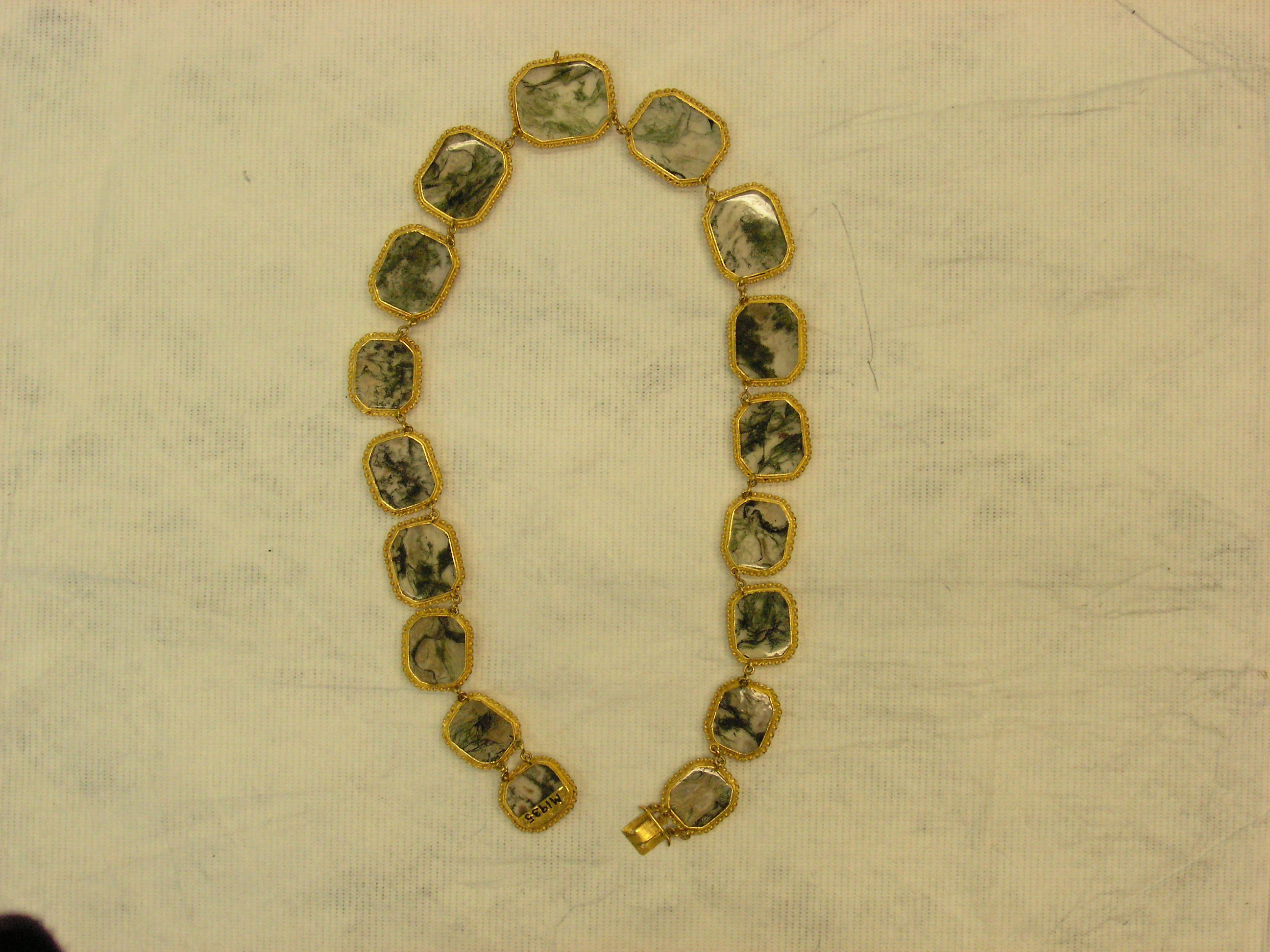 File:Necklace (AM 14779 4)