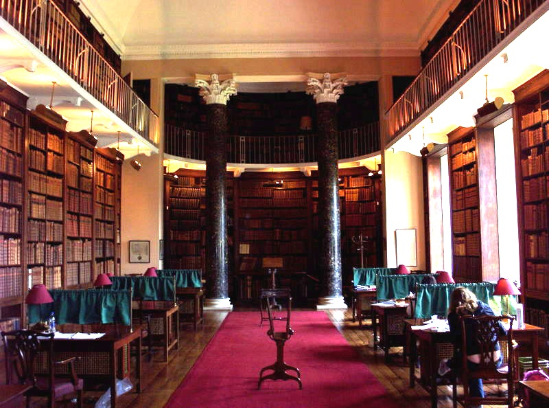 File:Oriel College Senior Library.jpg
