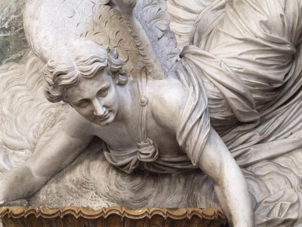 > Statue d'ange dans l'église San Giuseppe dei Teatini à Palerme -Photo de gnuckx