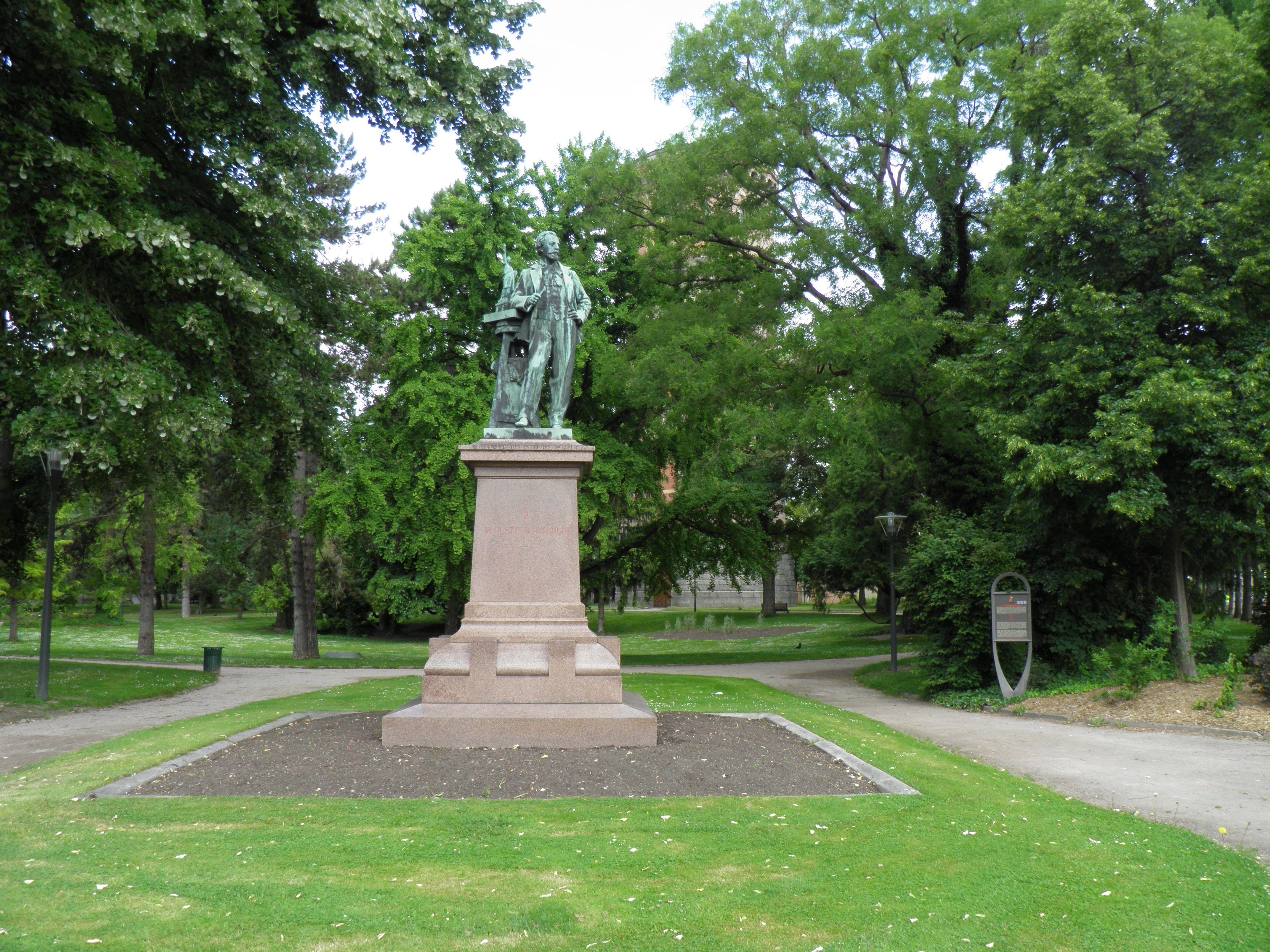 File:Parc du château d\'eau (Colmar) (1).JPG - Wikimedia Commons