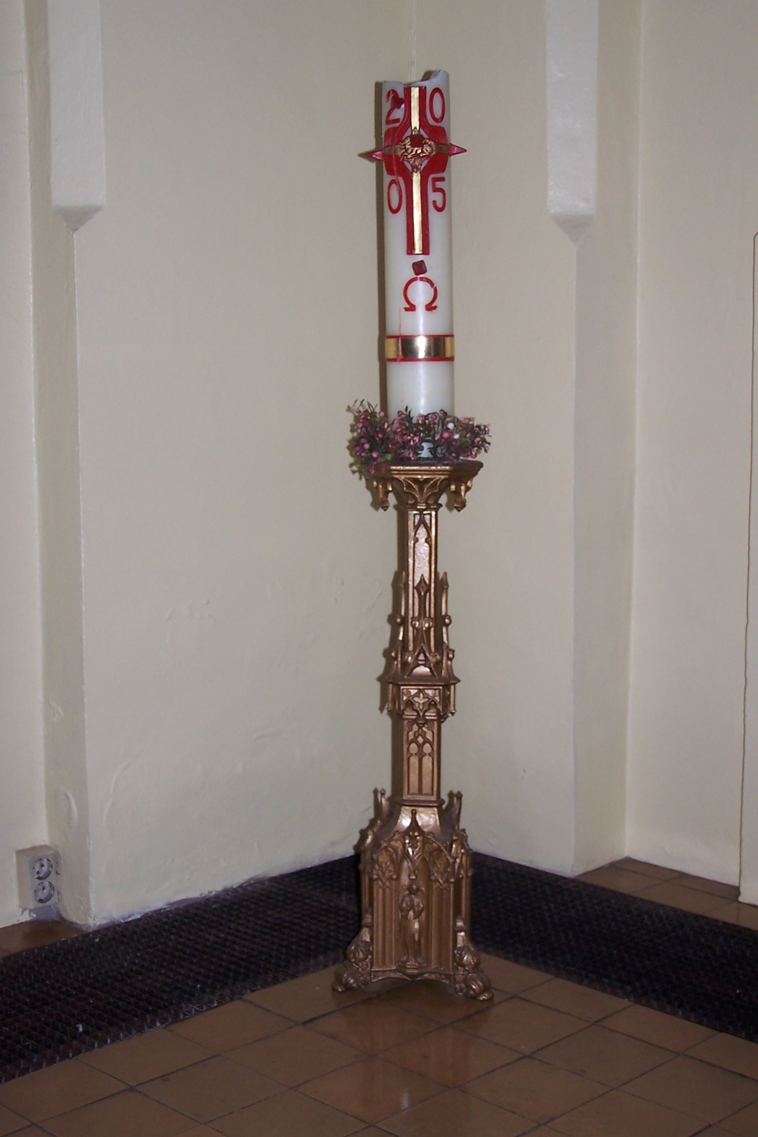 Paschal Candle Religion Wiki Fandom Powered By Wikia