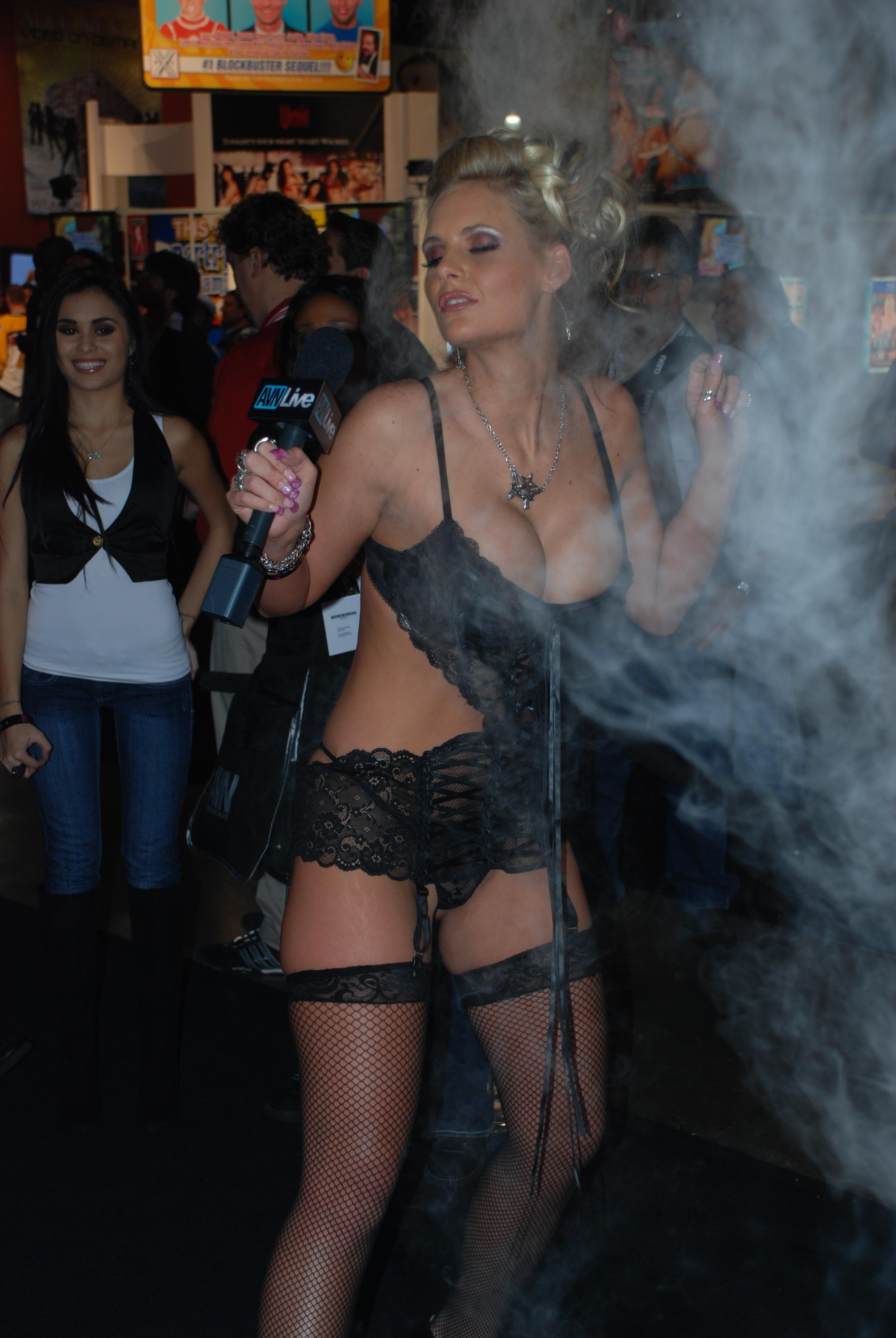 Секс Видео » ТОП лучшего Секс Видео в HD - YaPorn.video