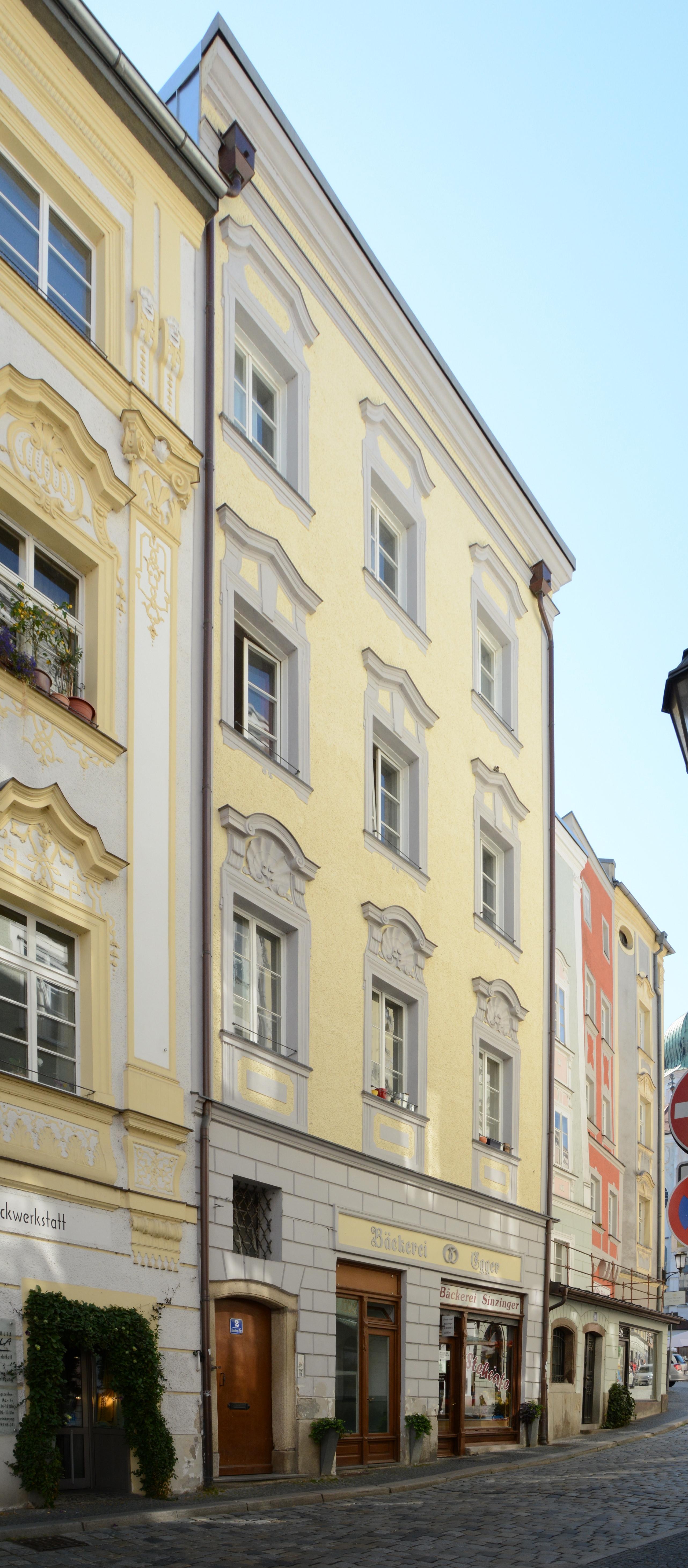 Dateiresidenzplatz 2 Passau Cjpg Wikipedia