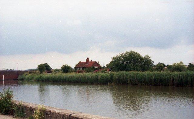 River Alde at Snape - geograph.org.uk - 784531