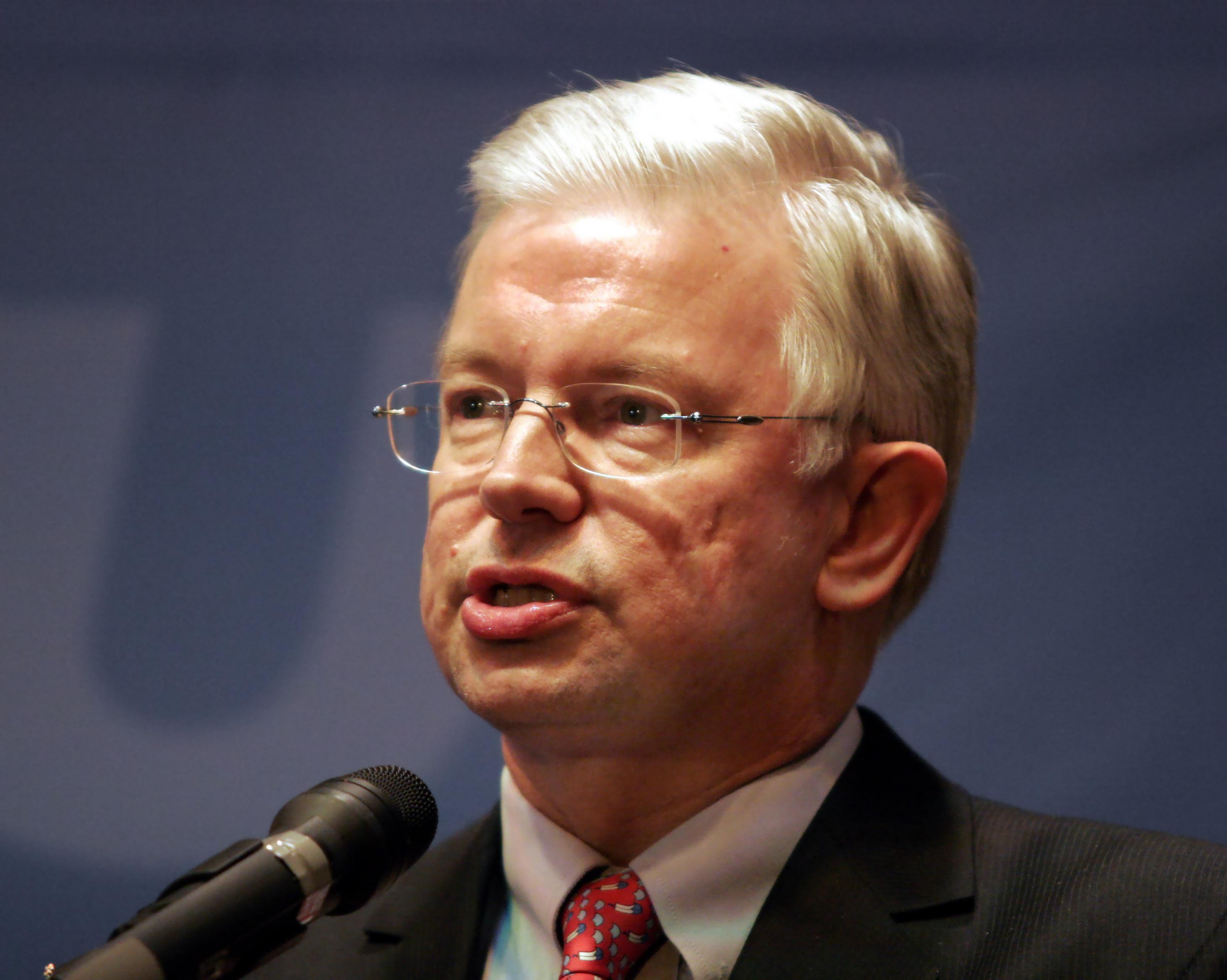 Roland koch steckbrief promi for Koch politiker