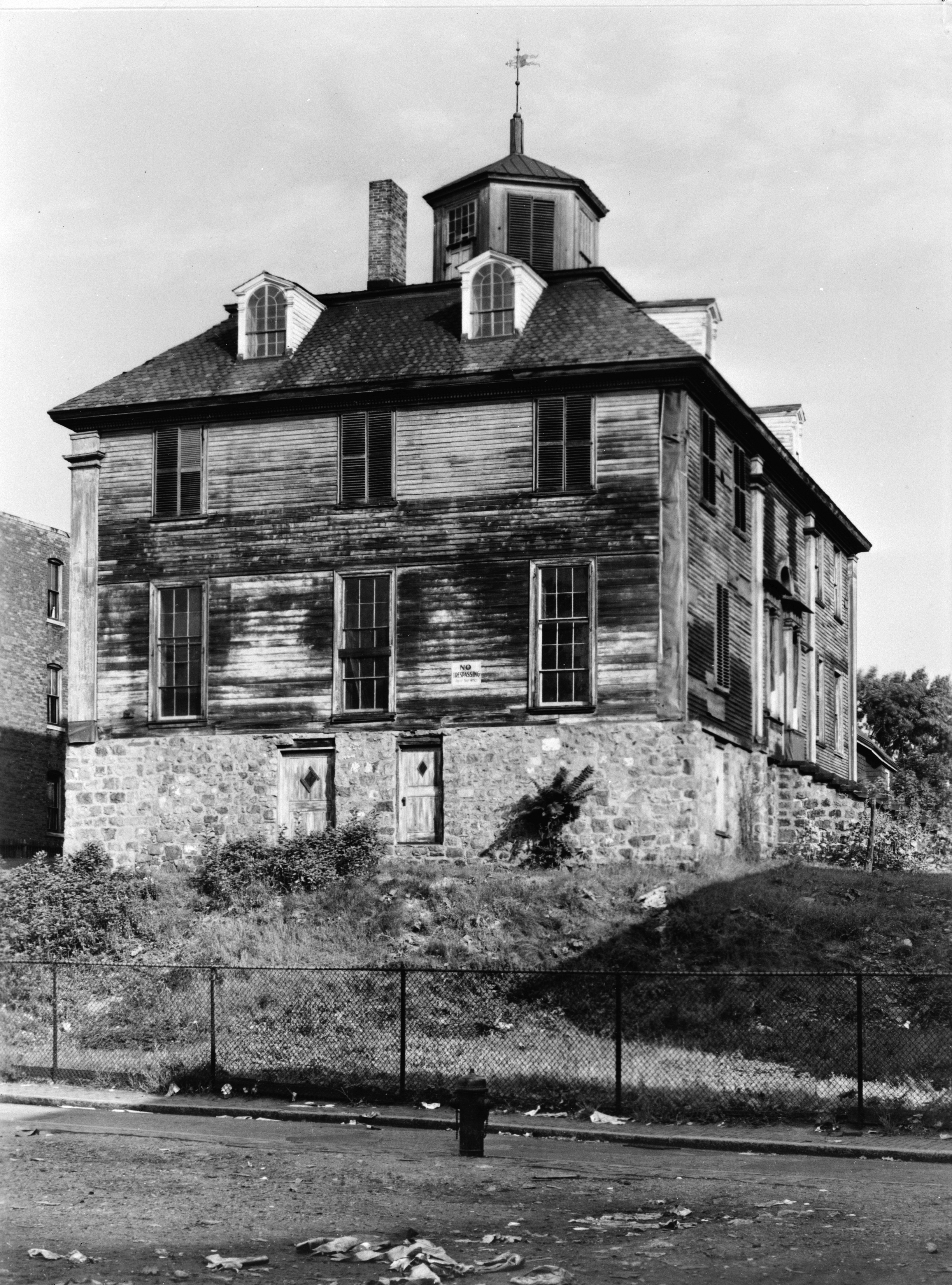 Shirley Eustis House Roxbury Ma Exterior Before Restoration