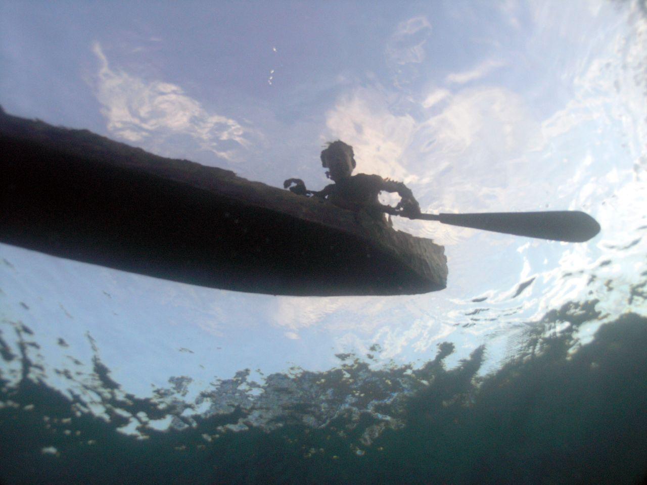 file solomon dugout canoe from below jpg wikimedia commons