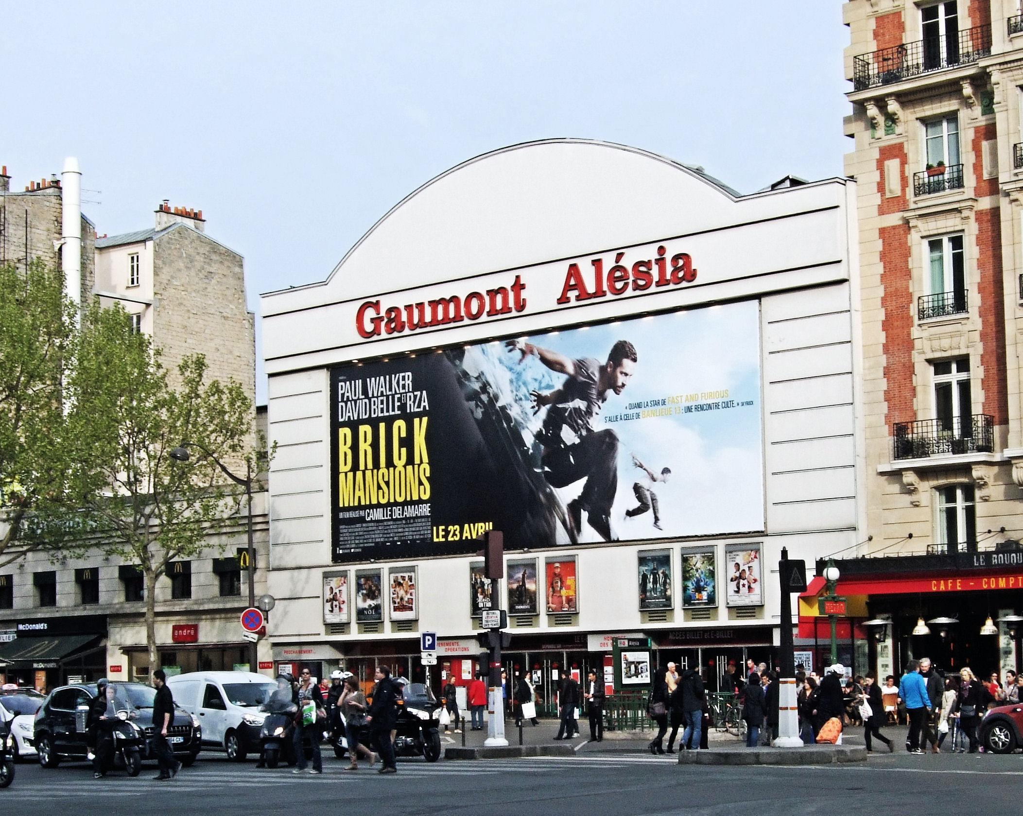 file the gaumont cinema alesia 14th arrondissement paris april wikimedia commons. Black Bedroom Furniture Sets. Home Design Ideas