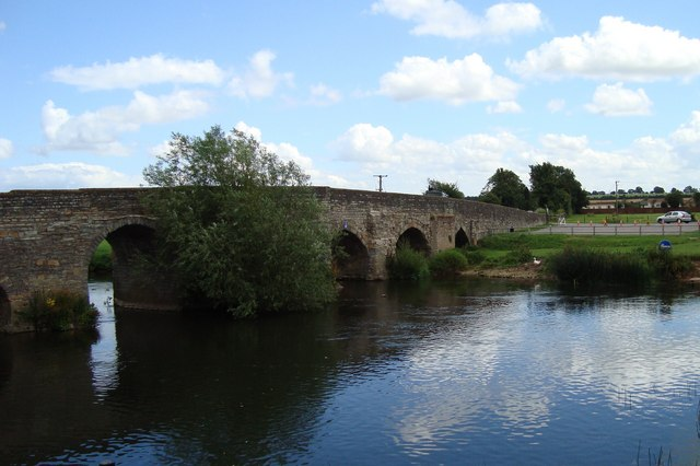 The bridge at Bidford on Avon - geograph.org.uk - 1399736
