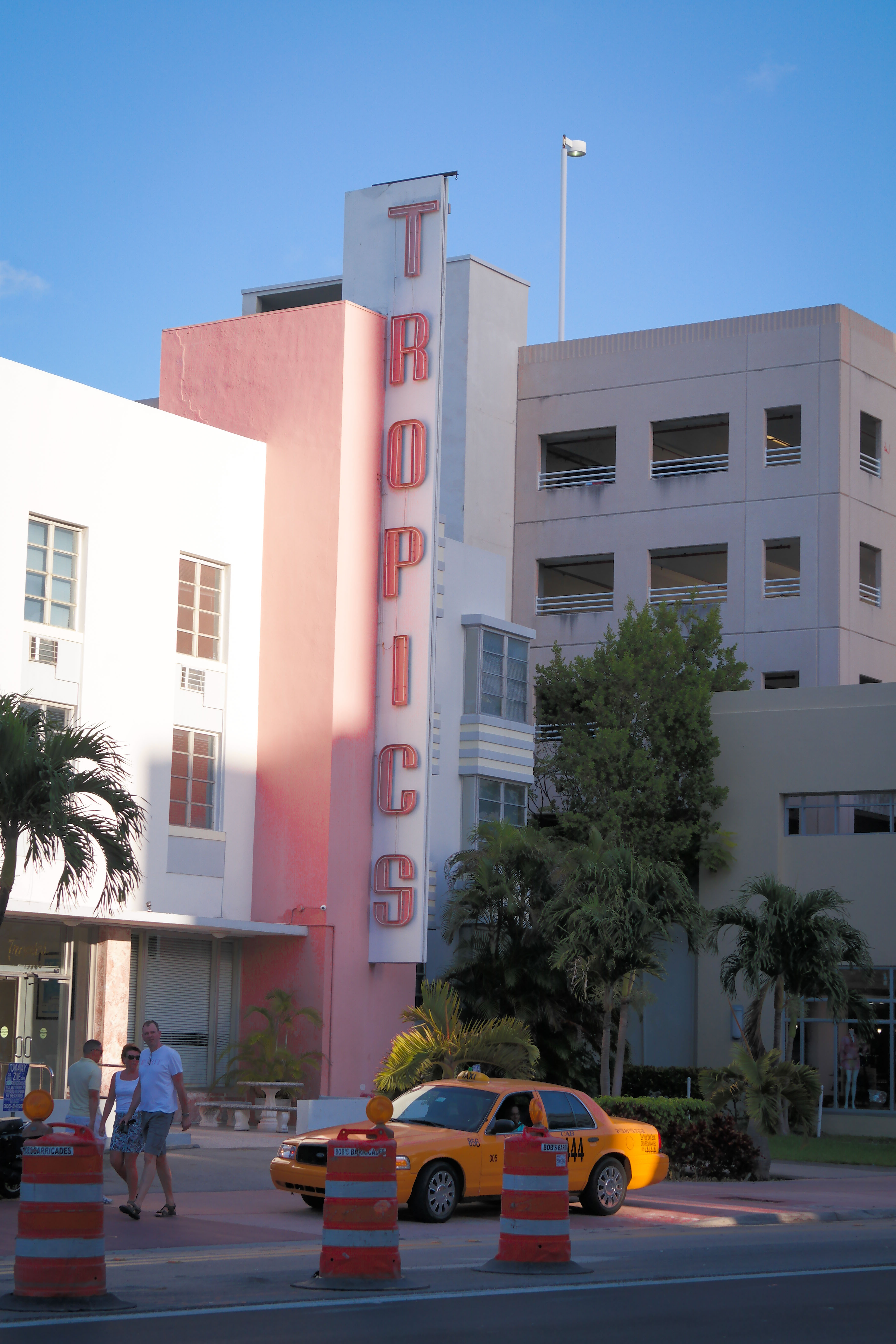 File Tropics Hostel Miami Beach Jpg