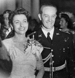 File:Vilanova y Arbenz 1944.jpg