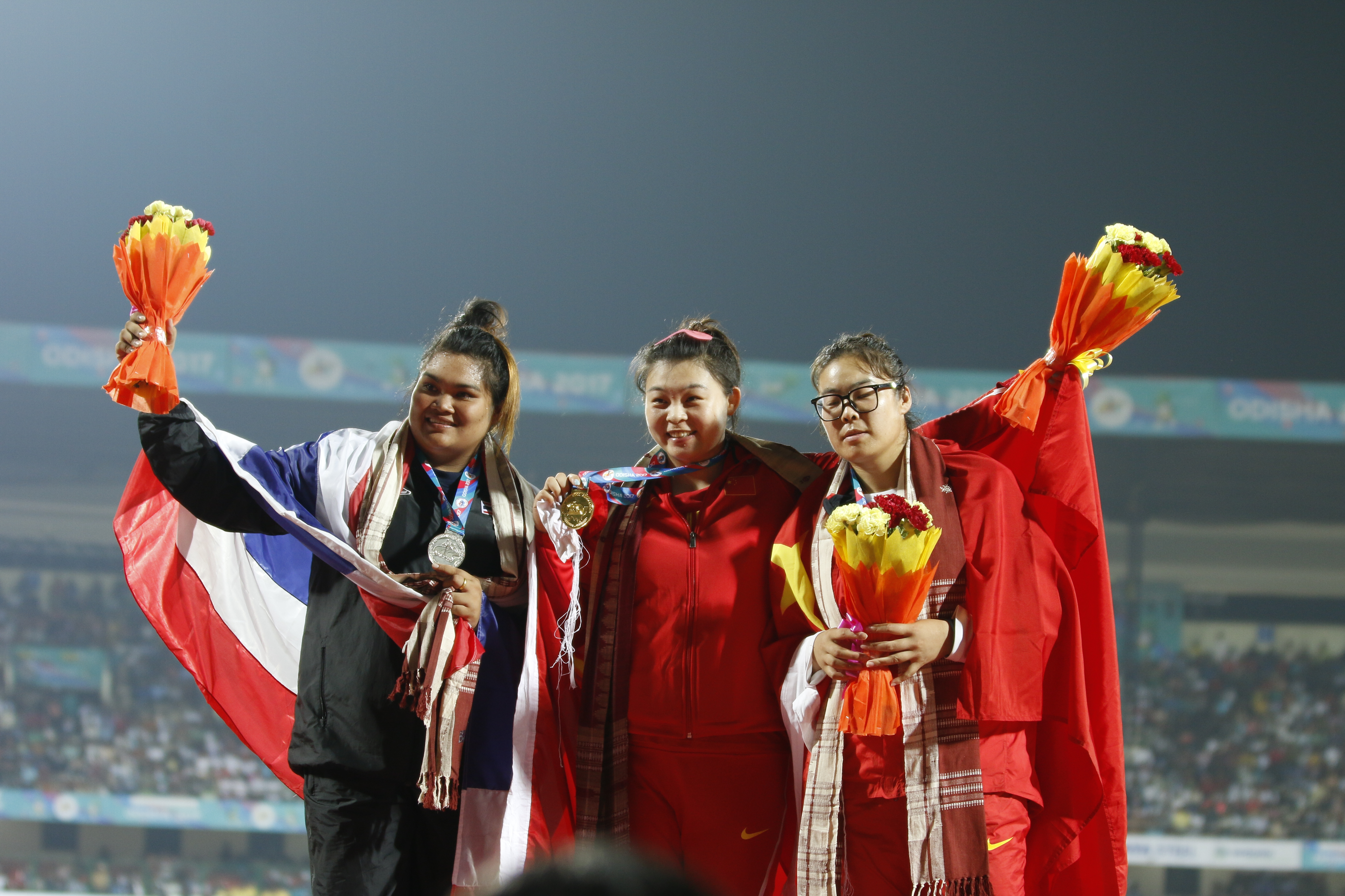 File Women Discus Throw Chen Yang of China gold Subenrat Insaeng