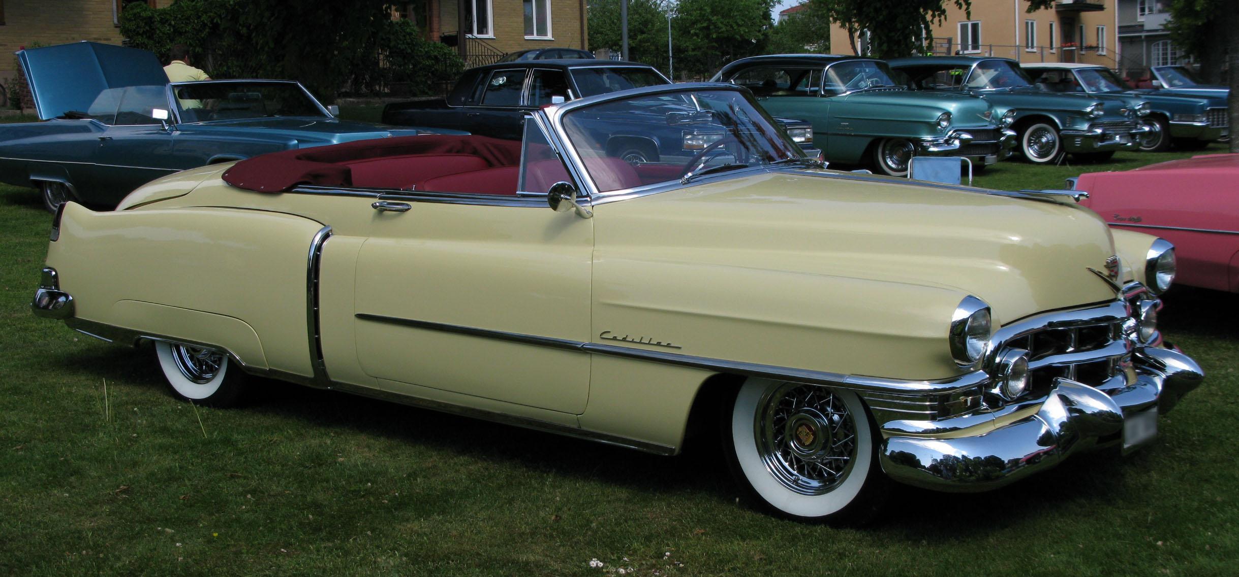 1952_Cadillac_62_conv.jpg