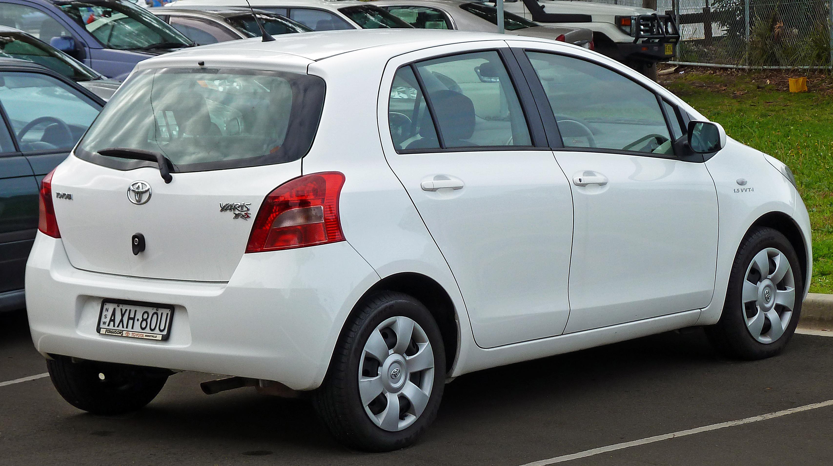 Тойота ярис 2008 фото
