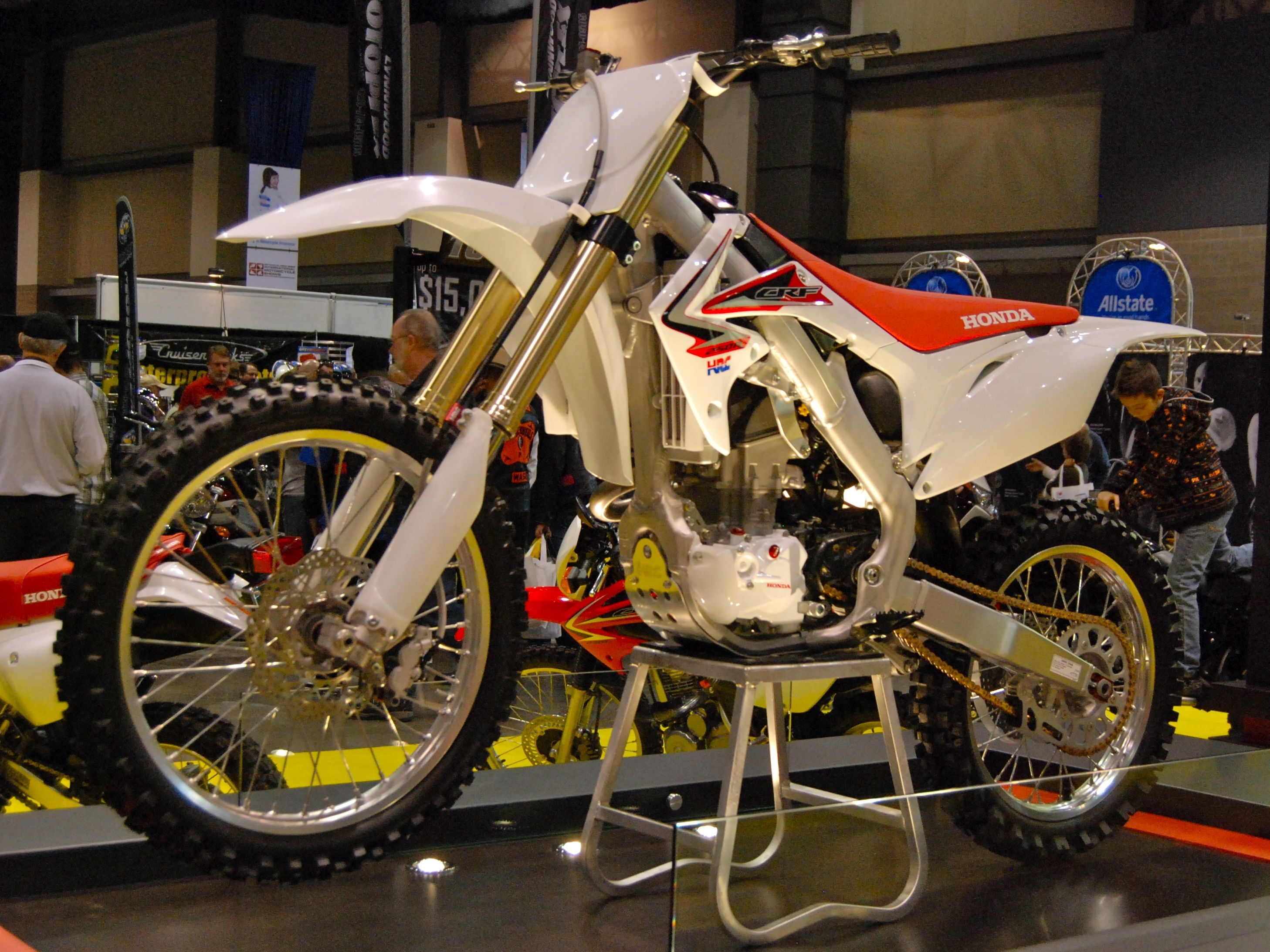 File:2010 Honda CRF250R at the 2009 Seattle International Motorcycle ...