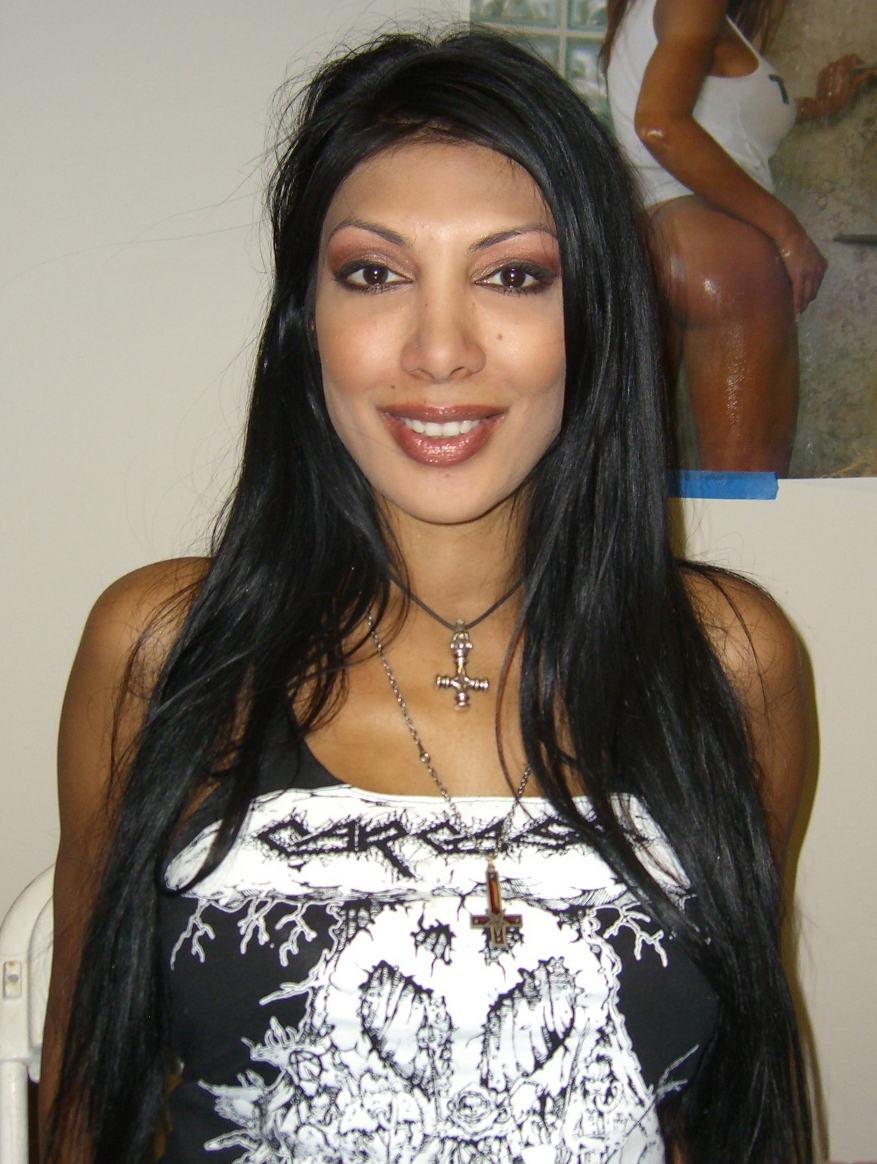 Description 6.8.08JasminStClaire1ByLuigiNovi.jpg