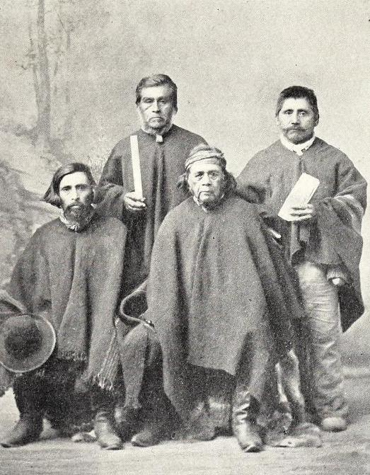 A council of araucanian philosophers (1904).jpg
