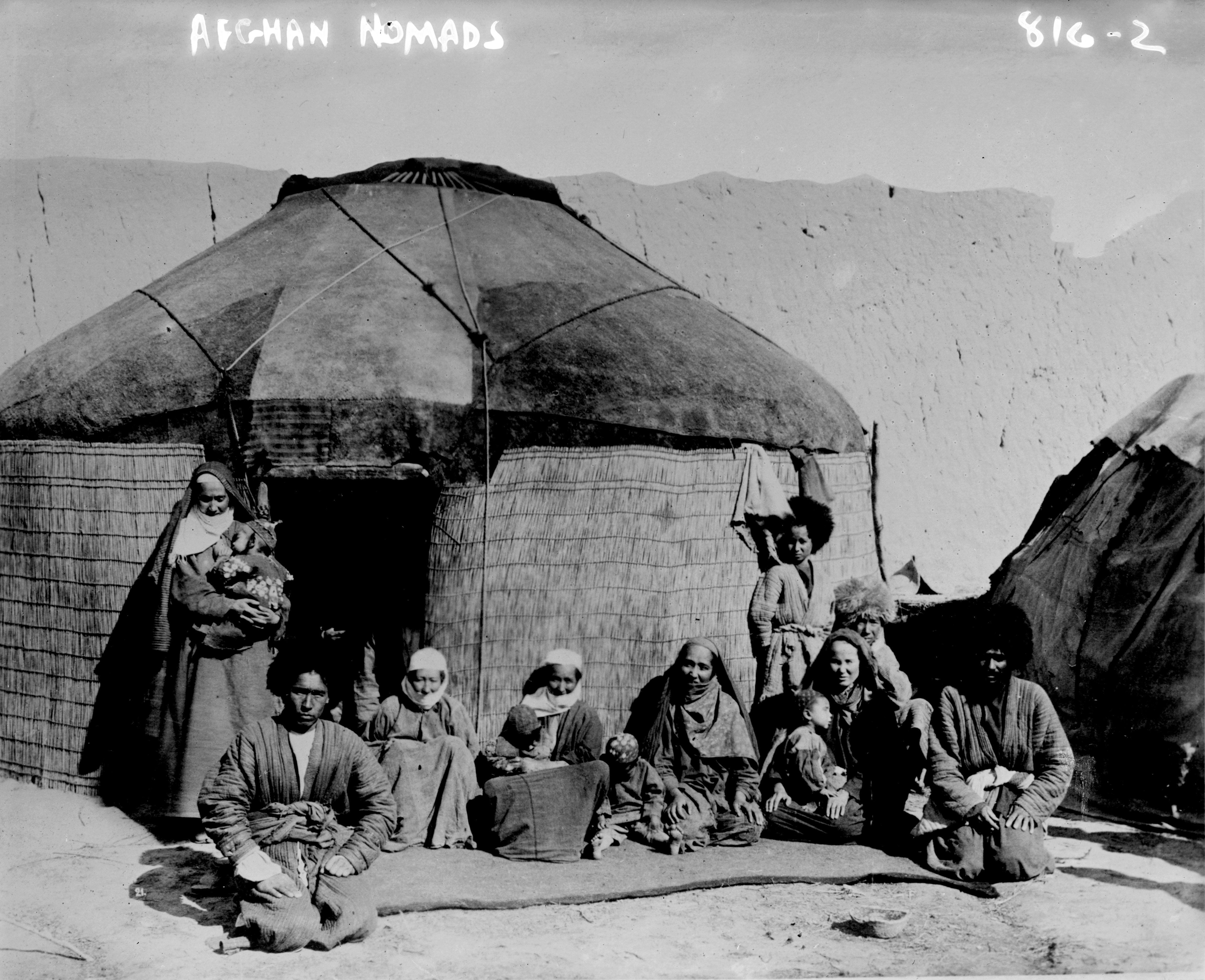 File:Afghan Nomads from the early 20th century.jpg - Wikipedia