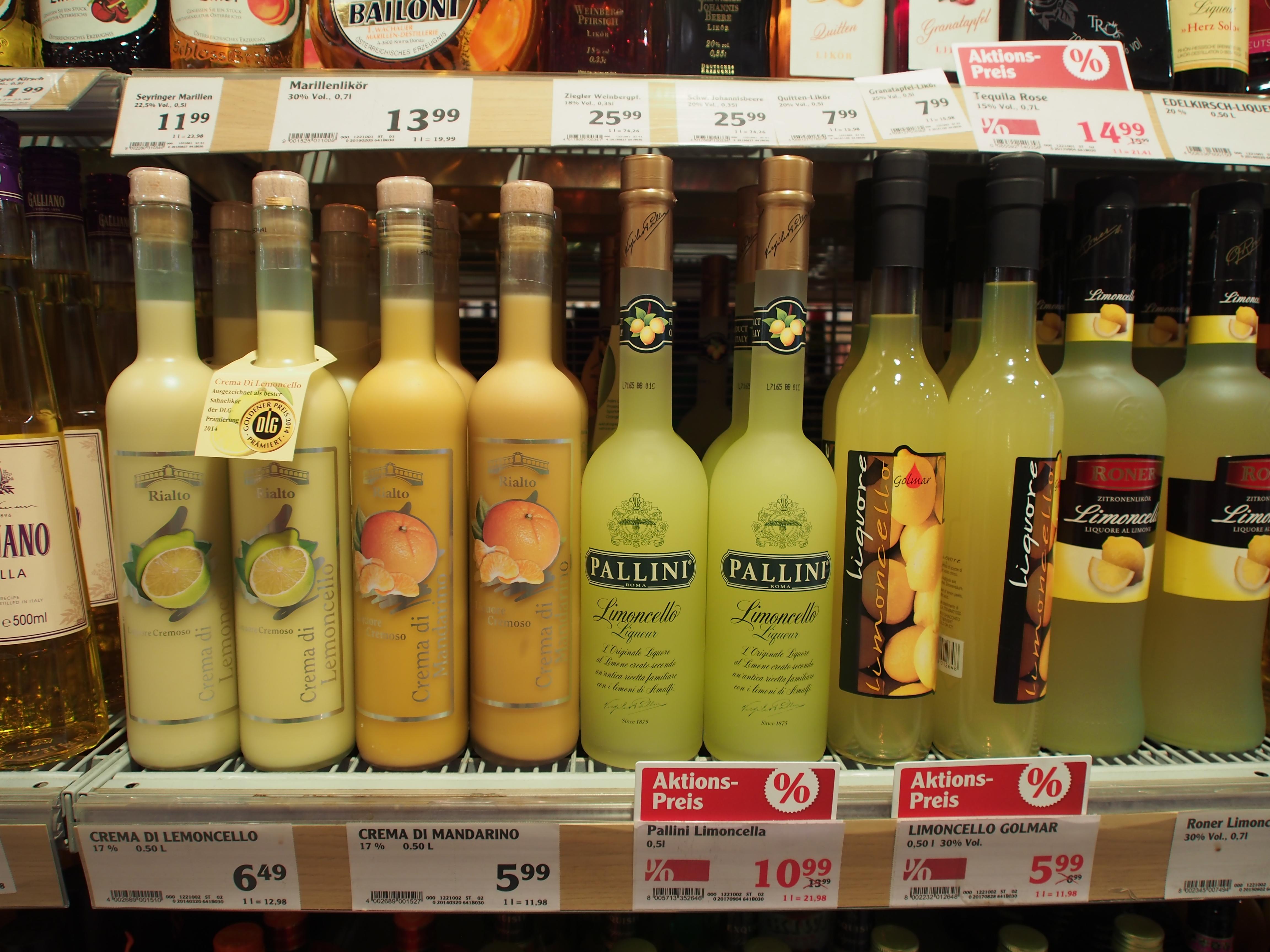 File:Alkoholische Getränke, Globus Saarbrücken, Bild 8.JPG ...