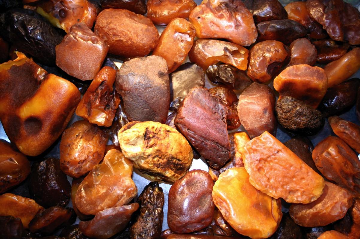 Baltic Amber States
