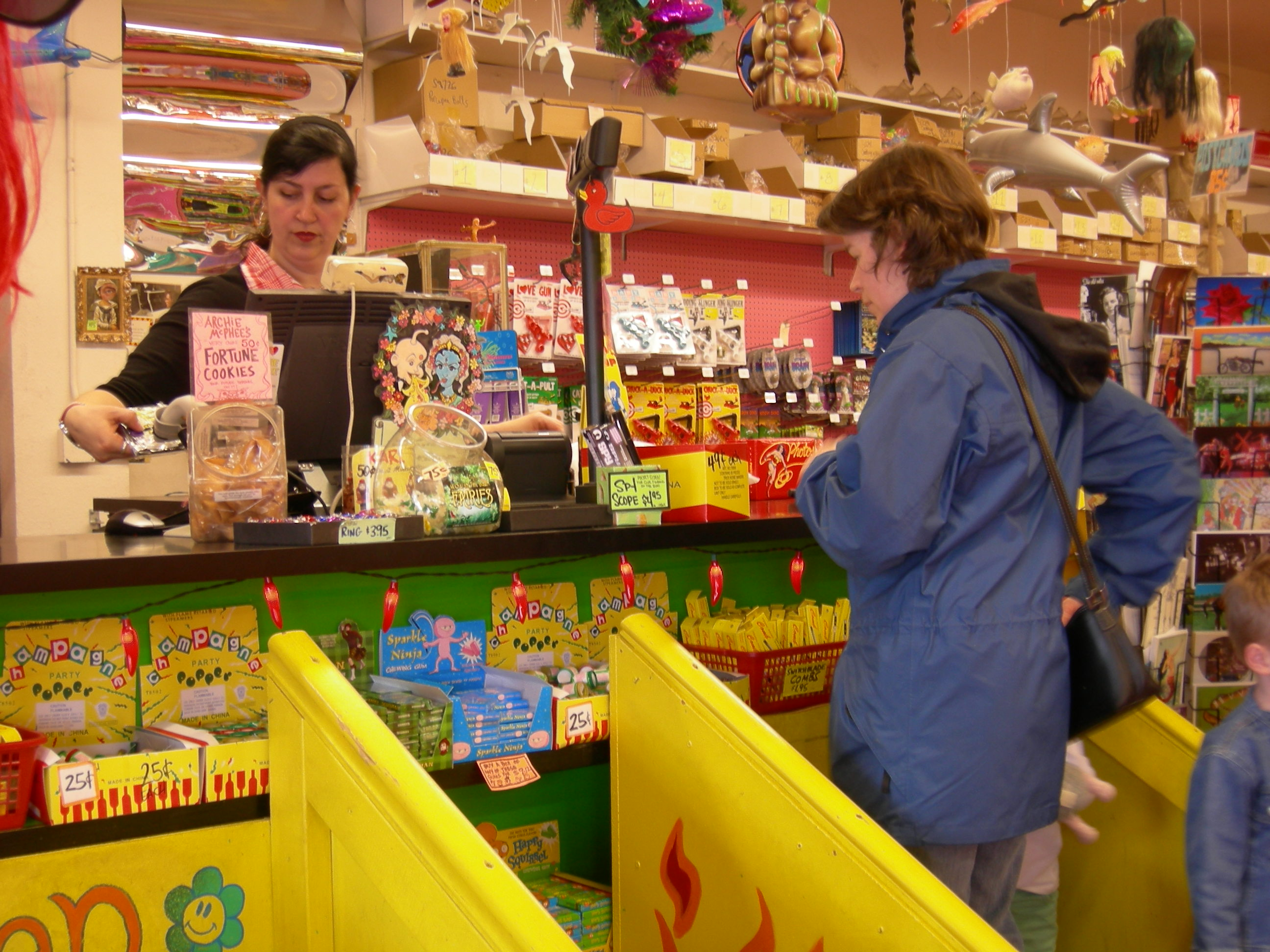 File:Archie McPhee checkout.jpg - Wikimedia Commons