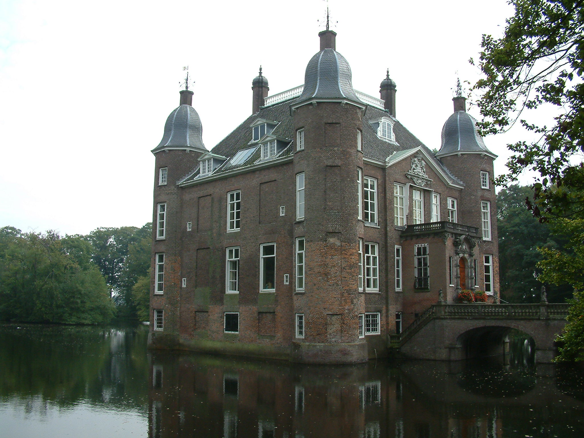 Kasteel biljoen is een van de oudste kastelen van nederland in zijn