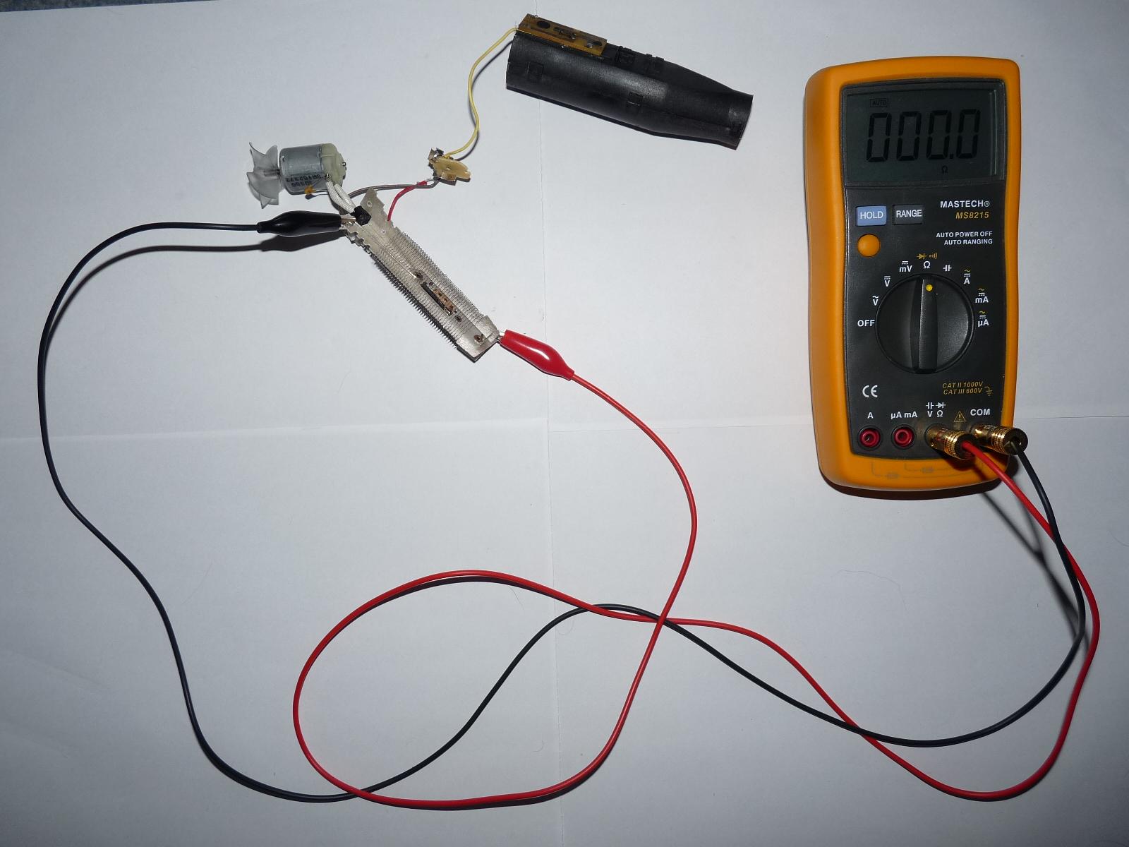 File:Bimetallic strip checking.JPG - Wikimedia Commons