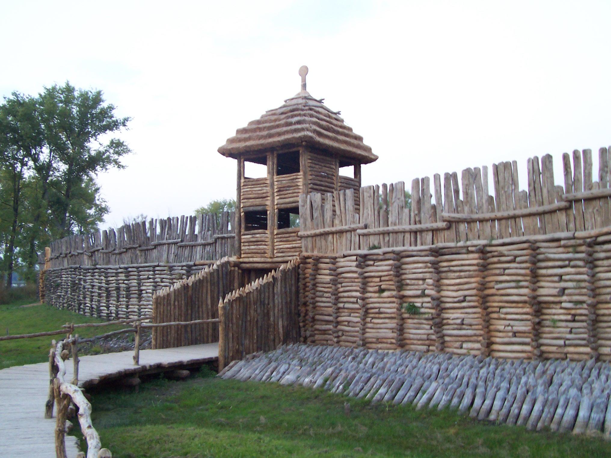 Iron Gate Wall Decor